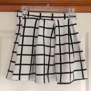 Chic Boohoo skirt